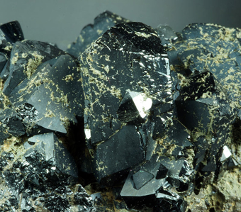 Ilvaite and hedenbergite, Dal'negorsk, Far-Eastern Region, Russia