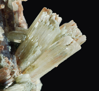 Aragonite - Lapesquera, Cuenca, Spain