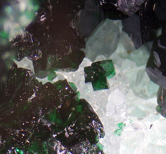 Clinoatacamite, Lily mine, Ica Department, Peru