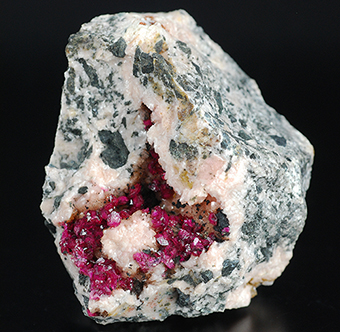 Roselite and heterogenite over dolomite - Bou Azer distr. - Tazenakht - Ouarzazate prov. - Souss-Massa-Draâ Region - Morocco