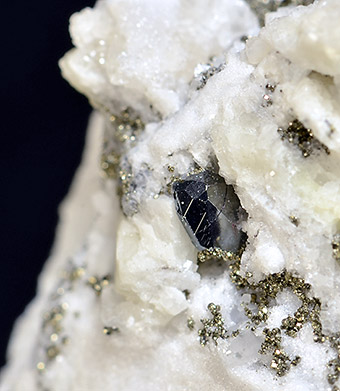 Tennantite var. Binnite - Lengenbach Quarry - Binnatal - Wallais - Switzerland
