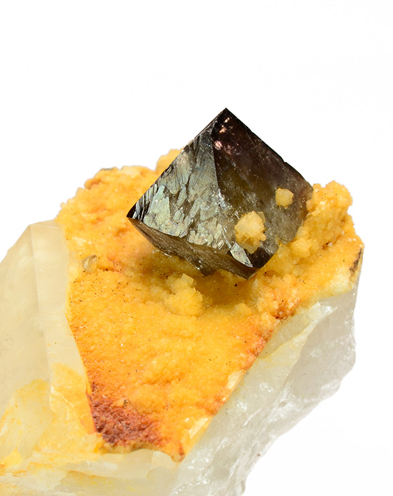 Scheelite on Quartz - Yaogangxian Mine - Chenzhan - Yizhang Co. - Hunan Prov. - China