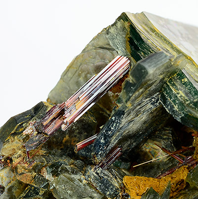 Rutile - Boiling Springs, Cleveland Co., North Carolina, USA