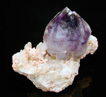 Quartz var.Amethist - Goboboseb Mountains, Namibia